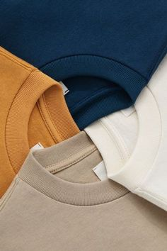 New T Shirt Design, Shirt Designs, Daily Fashion, Mens Fashion, Mens Polo T Shirts, Minimal Look, Clothing Photography, Fashion Catalogue, Basic Outfits