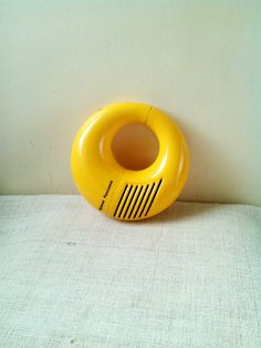 Retro Panasonic National Transistor yellow snake Venom radio