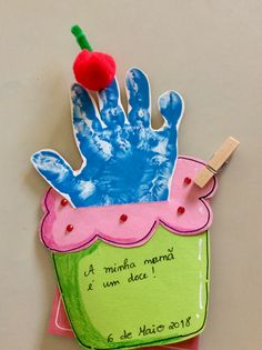 Baby Art Crafts, Cute Crafts, Toddler Crafts, Diy For Kids, Crafts For Kids, Crafts To Make, Mothers Day Crafts, Mother Day Gifts, Footprint Crafts