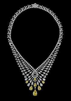 """"""" L'Odyssée de Cartier Parcours d'un Style"""" collection-Indian Influences – High Jewelry Necklace Platinum, pear-shaped diamonds, pear-shaped yellow diamonds, brilliants."""