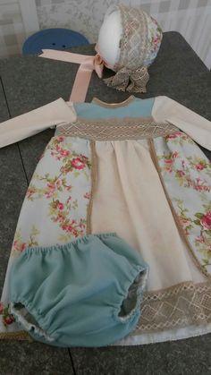 Vestido renacentista bebé. By tetieros.