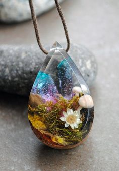 Resin Wood Necklace Terrarium Necklace Quartz crystal Pendant Moss necklace Resin Jewelry Wood and Resin Woodland Mushroom Necklace Wood Resin, Resin Art, Ice Resin, Crystal Resin, Quartz Crystal, Crystal Pendant, Jewelry Crafts, Handmade Jewelry, Wood Necklace