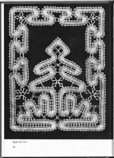 Creative Lace Patterns - isamamo - Picasa Webalbums Fabric Stiffener, Bruges Lace, Lace Heart, Lace Jewelry, Lace Making, Lace Patterns, Bobbin Lace, Hobbies And Crafts, Pattern Paper