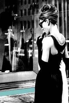 Audrey Hepburn | Breakfast At Tiffany's (1961)