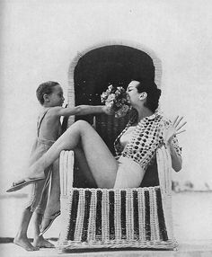 Carmen Dell'Orefice, Vogue UK, 1959    Photo by Norman Parkinson