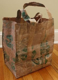 Fused Plastic Grocery Bag / http://learningandyearning.com/2011/05/16/shopping-bag-from-grocery-bags/