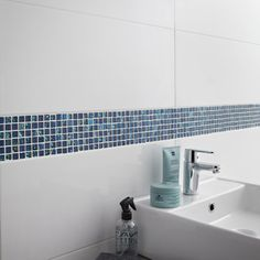 Mosaique carrelages pinterest for Carrelage mural toilettes