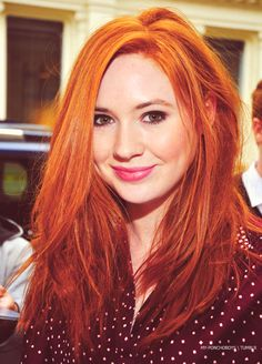 Karen Gillan is such a babe. Look at how perfect she is. And her hair! Karen Gillan, Karen Sheila Gillan, Ginger Hair Color, Red Hair Color, Cool Hair Color, Color Red, Pretty Redhead, Haircut And Color, Amy Pond