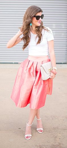 Love this midi skirt in coral