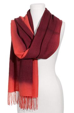 really love the colors on this scarf and material
