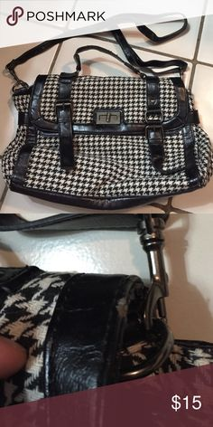 Aldo Houndstooth bag Few scratches mostly by humidity. Great condition. ALDO Bags Shoulder Bags