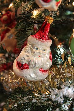 christmas // ornaments: silver santa