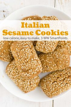 Crisp not-too-sweet cookies with a rich and addictive sesame flavor. This recipe makes 20 little low calorie Italian sesame seed cookies! Italian Cookie Recipes, Sicilian Recipes, Easy Cookie Recipes, Easy Desserts, Baking Recipes, Dessert Recipes, Sesame Seed Cookies Recipe, Italian Sesame Seed Cookies, Italian Cookies