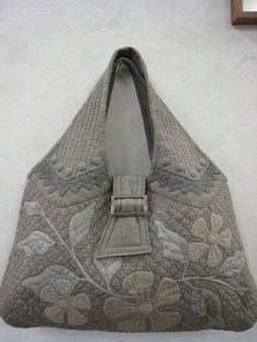 hana-cloth Square _ Sina blog  Beautiful!!!! No pattern that I can find