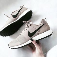 more photos ee8c9 78d96 Nike roshe run shoes for women and mens runs hot sale. Browse a wide range  of styles from cheap nike roshe run shoes store.