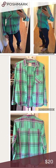 Boyfriend fit Plaid Shirt from AEO Get comfy in these super soft Boyfriend fit Plaid Shirt from American Eagles. Size Medium. Worn once and in pristine condition. 100% cotton. American Eagle Outfitters Tops Button Down Shirts