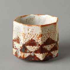 Suzuki Osamu, Japan (b.1934)    Mino-based artist specialising in Shino wares. The technology of Shino wares was originally developed in Mino in the late sixteenth century. It was used primarily to produce imitations of imported Chinese porcelain, but it was also harnessed to the making of an important body of tea wares.
