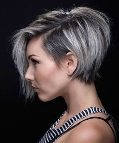 70 Short Shaggy, Spiky, Edgy Pixie Cuts and Hairstyles Stacked Pixie-Bob with Long Bangs Pixie Bob Haircut, Short Bob Haircuts, Haircut Short, Funky Haircuts, Short Stacked Haircuts, Pixie Hairstyles, Short Hairstyles For Women, Short Asymmetrical Hairstyles, Asymmetrical Bob Short