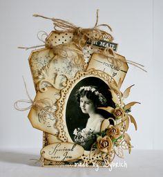 beautiful wedding themed vintage tag