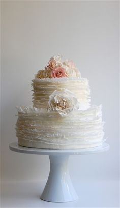 white ruffle cake so pretty
