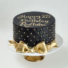 Schwarze Geburtstagskuchen Adult Birthday Cakes Blue Lace Cakes - recuerdos y mesa dulce - Elegant Birthday Cakes, 40th Birthday Cakes For Men, White Birthday Cakes, Beautiful Birthday Cakes, 60th Birthday, Birthday Sayings, Birthday Images, Birthday Greetings, Birthday Wishes