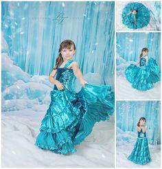 www.lucianajustice.com - Katy, TX Frozen Inspired dress by Soleil Creations Elsa Photos, Frozen Photos, Photo Poses, Photo Sessions, Inspired, Studio, Disney Princess, Inspiration, Outdoor