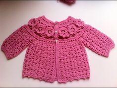 Brassière bébé à fleurs crochet 1 / baby sweaters flowers crochet 1