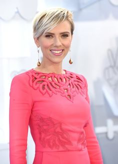 Scarlett Johansson is the highest grossing actress of all time - Vogue Nederland