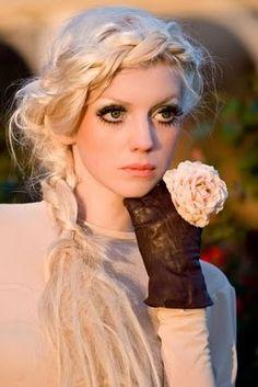 #Braid #blonde #bigeyes