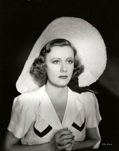 Irene Dunne (20 December 1898 - 4 September 1990)