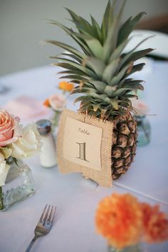 1000 Ideas About Pineapple Centerpiece On Pinterest