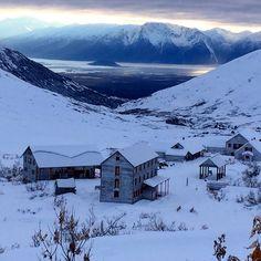 Hatcher Pass Bed & Breakfast.........Palmer, Alaska
