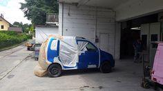 Suzuki en cabine pour la mise en peinture. Carrosserie inter-union - 53 route de suisse, 1295 Mies Tél.022 755 45 30 - Fax. 022 779 03 28 Site internet: www.interunion.ch