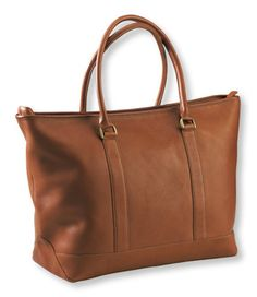 Love this for an everyday tote! My favorite part--the internal organization of all the zipper pockets! The lack of pockets is what deters me from the Longchamps tote. This LL Bean is on my list of things to buy.