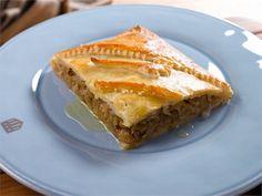 Kaalipiirakka Pesco Vegetarian, 20 Min, Apple Pie, Lasagna, Baked Goods, French Toast, Vegan Recipes, Food And Drink, Baking