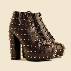 Studs and spikes shoes trend