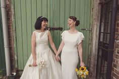 A 1930s Inspired Industrial Chic City Wedding with Two Beautiful Dresses | Photography by http://www.rebeccadouglas.co.uk/blog/