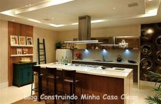 Cozinha Top com bancadas de porcelanato! Confira + inspirações e dicas de Casa e Decoração no blog! www.construindominhacasaclean.blogspot.com.br