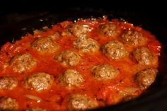 Crock Pot Spicy Chipotle Meatballs: Perfectly rich and spicy, the chipotle peppers in adobo add a wonderful smoky spice to a garlic-infused roasted tomato sauce. Tasty Kitchen, Slow Cooker Recipes, Cooking Recipes, Cooking Ideas, Yummy Recipes, Recipies, Yummy Food, Chipotle, Crock Pot Meatballs