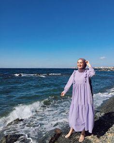 Hijab Fashion Summer, Modest Fashion Hijab, Modern Hijab Fashion, Casual Hijab Outfit, Hijab Fashion Inspiration, Muslim Fashion, Fashion Outfits, Mode Turban, Outfit Look