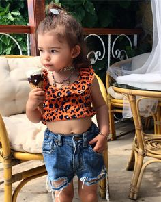 Cute Little Baby Girl, Cute Baby Girl Pictures, Beautiful Little Girls, Little Girl Outfits, Baby Love, Kids Outfits, Teen Fashion Outfits, Kids Fashion, Cute Kids