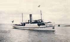 In de zomer van 1913 was de minister zo ver dat hij akkoord ging met de bouw van een nieuwe Zeemeeuw   http://vervlogentijden.blogspot.nl/search?q=vergeten+dienst