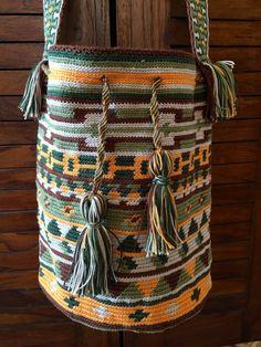 OOAK Mochila bag wayuu tecnique tapestry by creaconlemani