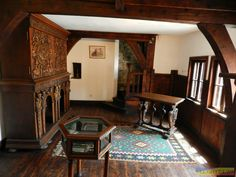Since the castle was built in the middle ages, there is no central heat. Even the area built in the century have no heat, except for fireplaces, large and small, which are in most rooms: Castle Interiors, Dracula Castle, Vlad The Impaler, Medieval Life, Old World Style, Chateaus, Manor Houses, Gothic House, Romantic Homes