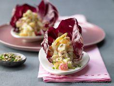 Gefüllte Radicchioblätter mit Früchtejoghurt - smarter - Kalorien: 100 Kcal | Zeit: 15 min.