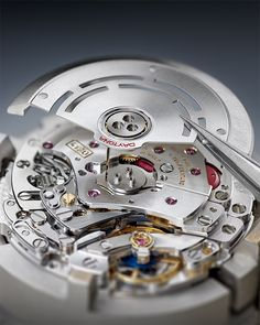 The Perpetual self-winding movement can truly be admired for its chronometric performance. Discover more about Rolex watchmaking on the Official Website. Oyster Perpetual Cosmograph Daytona, Rolex Cosmograph Daytona, Luxury Watches, Rolex Watches, Watches For Men, Montres Hugo Boss, Rolex Air King, Watch Service, Machine Design