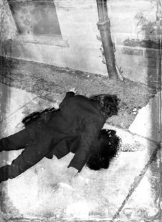 LIE: John Lennon Autopsy Photos TRUTH: Another made-up celebrity death photo by… Beatles, John Lennon Death, Post Mortem Photography, Celebrity Deaths, After Life, True Crime, Pictures, Creepy, Forensics