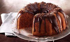Bolo de Chocolate e Café INGREDIENTES 1 1/2 xícara (chá) de farinha de trigo 1 xícara (chá) de chocolate em pó 1/2 xícara (chá) de maisena