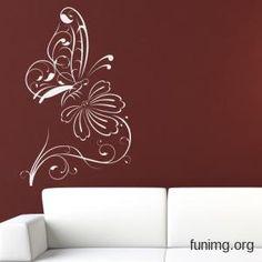 Симпатичный дизайн стены с бабочкой и цветком