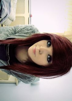 Reddd Hair I want it so bad :(